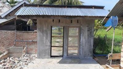 sumbangan muripe-Ripe Dari Masyarakat pembangunan MCK   untuk santri balai pengajian darul ikhsan Selesai