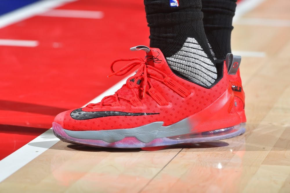 a2ace10e0f5 LBJ Displays His Strong OSU Bond with Special LeBron 13 Low PE ...