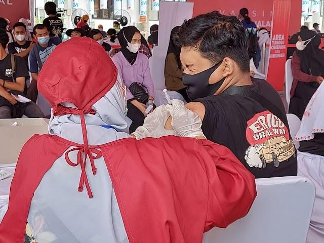 Dinkes Provinsi Gelar Vaksinasi Bergerak di Saat Kunjungan Joko Widodo