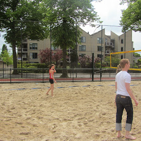 Sportactiviteit: Beachvolleybal (30 mei)2012