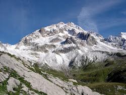 Petite Aiguille des Glaciers 3471m(Tour du Mont-Blanc)