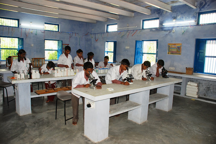 Children in Science Lab