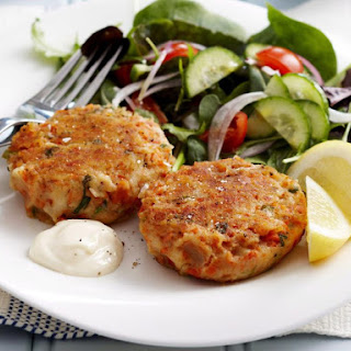 Salmon Cakes With Mashed Potatoes Recipes.