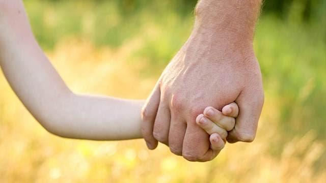 Người cha được tạo ra như thế nào
