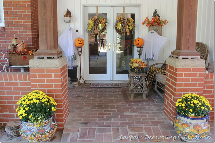 Halloween Outdoor Entrance Decor