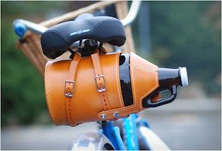 Porta platano de piel para la bici
