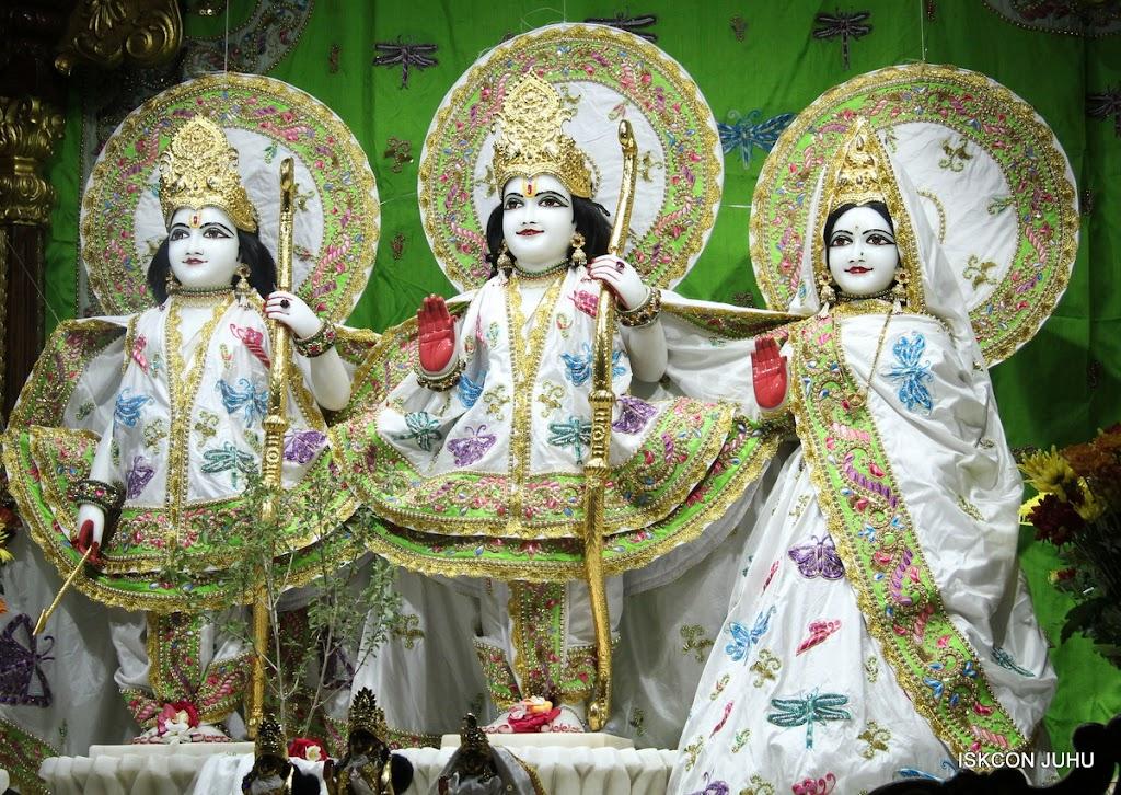 ISKCON Juhu Mangal Deiy Darshan 10 Apr 16 (4)