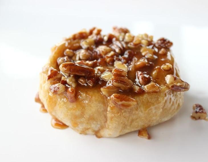 cinnamon rolls with caramel icing caramel pecan squares caramel pecan ...