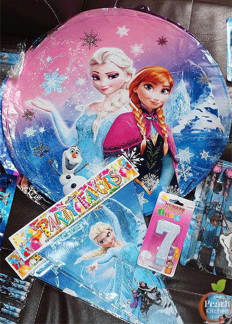 Frozen Party Favors