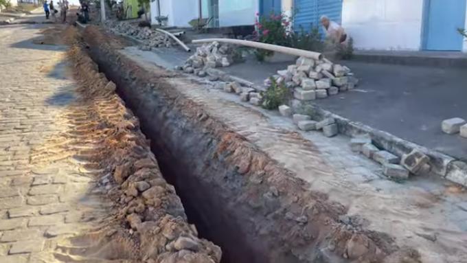 Piritiba: instalação da nova rede de água tratada do Povoado da Areia Branca