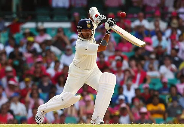 टेस्ट क्रिकेट मे सबसे ज्यादा मैच खेलने वाले टॉप 5 बलेबाज।