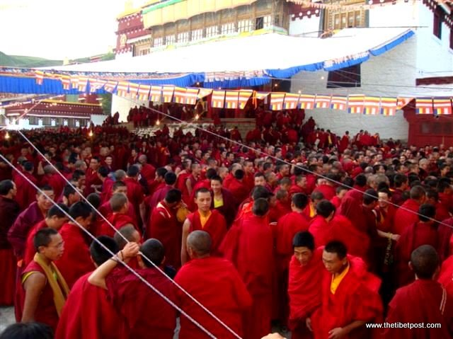 Massive religious gathering and enthronement of Dalai Lama's portrait in Lithang, Tibet. - l21.JPG
