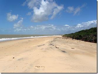 praia-do-farol-prado-bahia