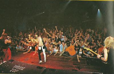 1983-worldpiecetour-band