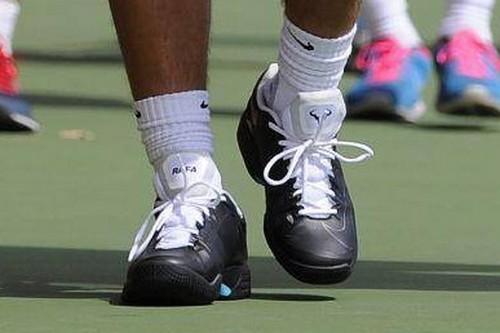 Collezione Nike 2014 Rafael-nadal-other-2013-rafa-practice-in-lunar-ballistec-05