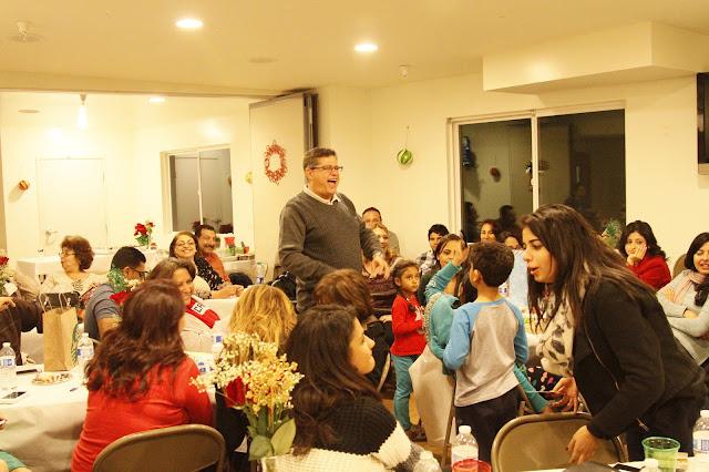 Servants Christmas Gift Exchange - _MG_0870.JPG