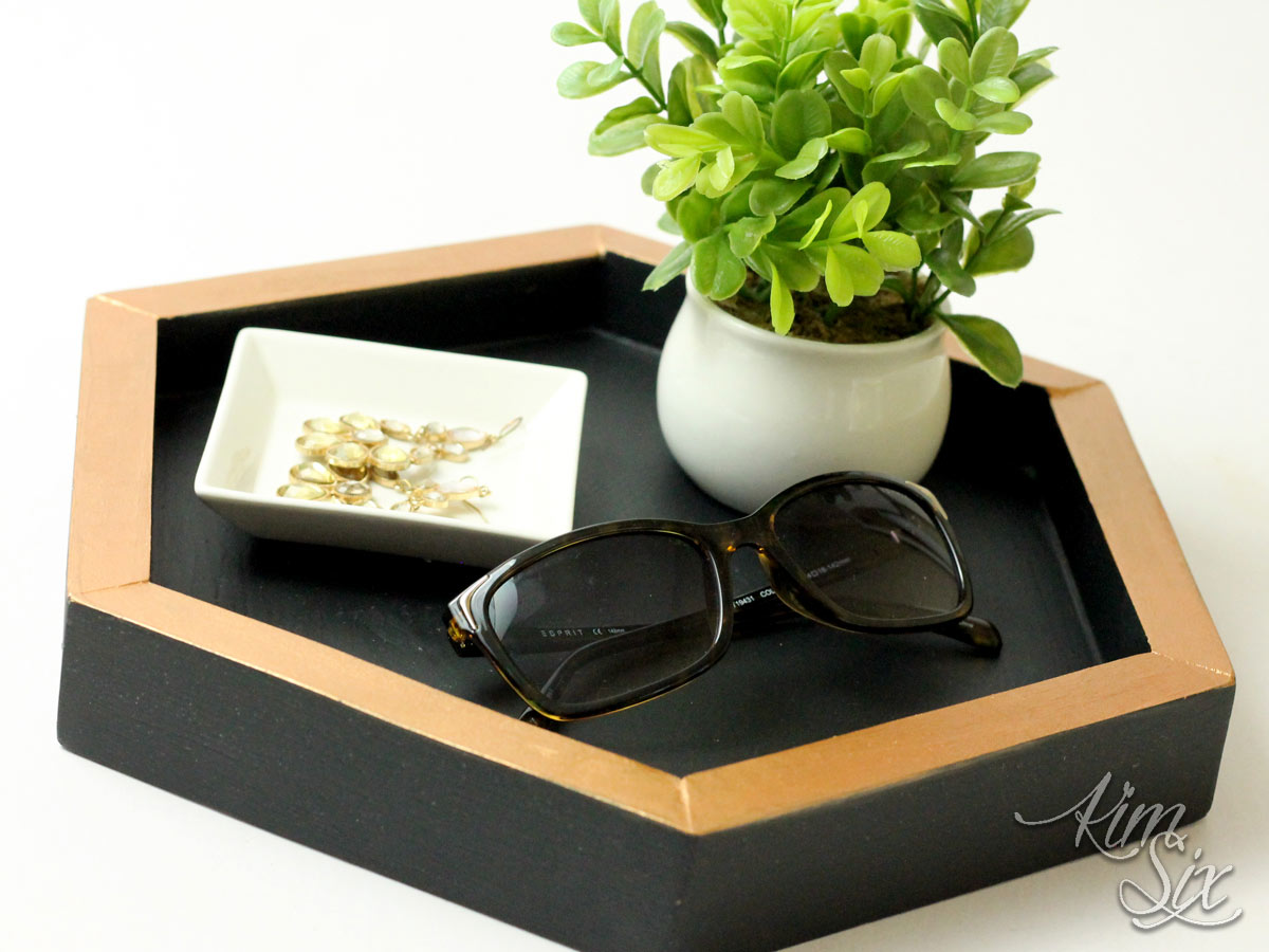 Small wooden 6 sided tray
