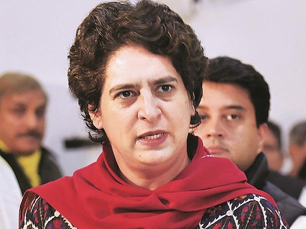 Priyanka to head election in UP- ಪ್ರಿಯಾಂಕ ಗಾಂಧಿಗೆ ಮೊದಲ ಸತ್ವಪರೀಕ್ಷೆ: ಉ. ಪ್ರದೇಶ ಚುನಾವಣೆಯಲ್ಲಿ ಕೈ ಚುಕ್ಕಾಣಿ ಯುವ ನಾಯಕಿ ಹೆಗಲಿಗೆ