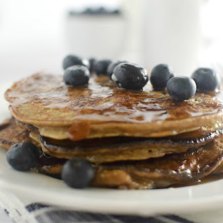 Banana Nut Blender Pancakes