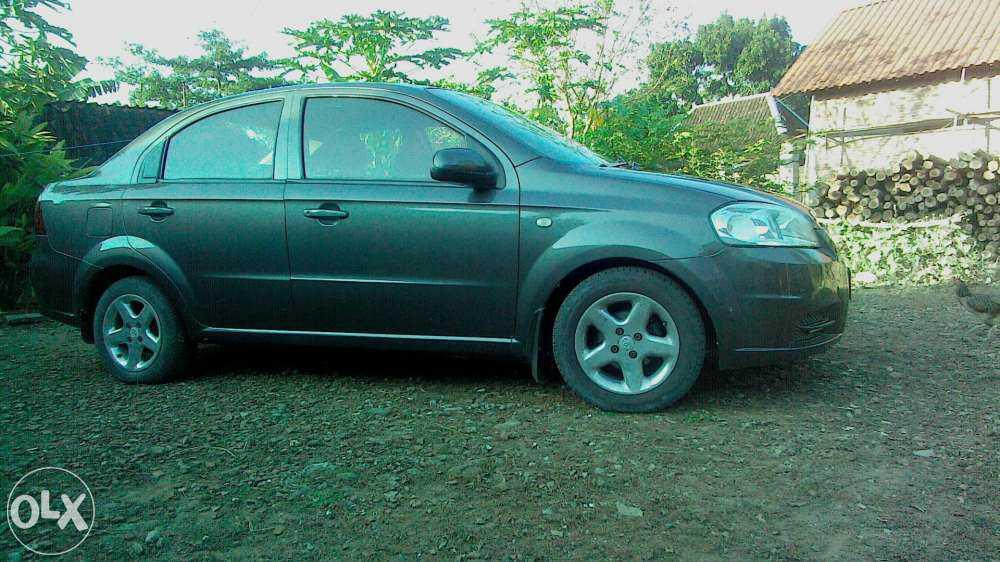 Bares Motor Sedan Mewah Chevrolet Kalos Lova 2008