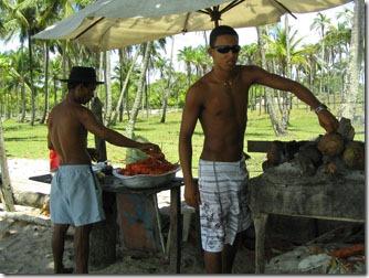 boipeba-lagostas-comercializadas-na praia
