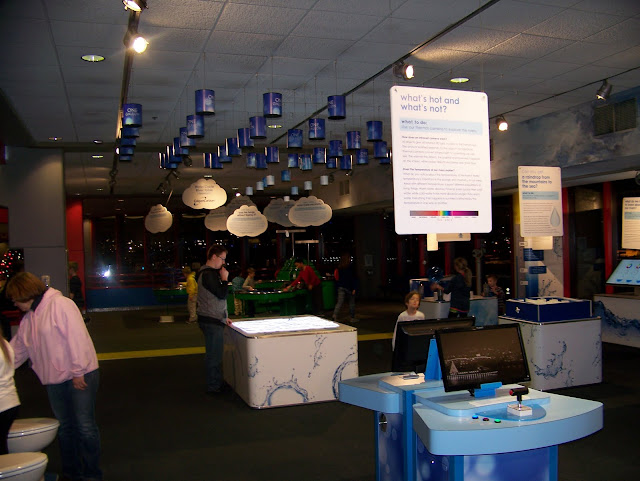 H2O Exhibit. A Guide to Exploring the Carnegie Science Center