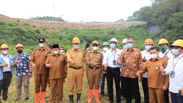 Riza Falepi Dampingi Gubernur Tinjau Rencana Pengembangan TPA Regional