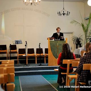 Kolgata-Jumalateenistus-leivamurdmine3okt2010