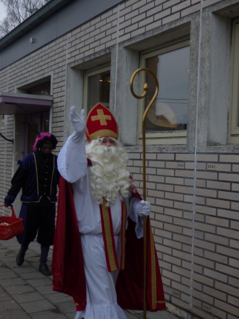 Sinterklaas op bezoek - P1060459.JPG