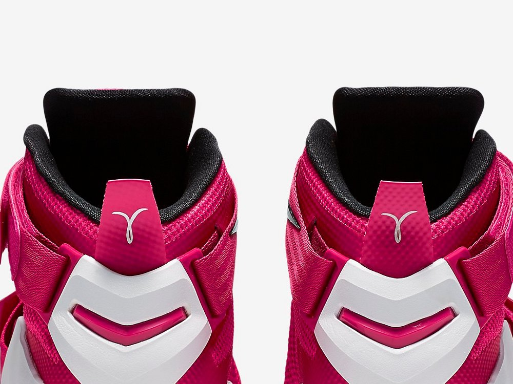 best website bb7b8 5140e A Closer Look at Think Pink LeBron Soldier 9 ...