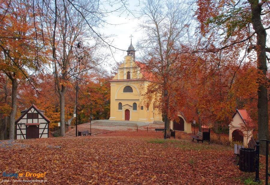 Kalwaria Wejherowska - Kaplice i Kościół Trzech Krzyży