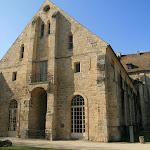 Abbaye de Royaumont : bâtiment des latrines