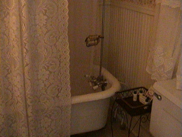0800Wheelchair_in_a_Southern_Mansion_-_New_Orleans
