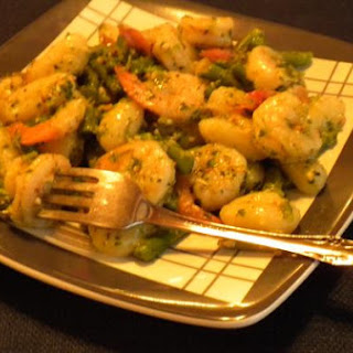 Gnocchi With Shrimp and Asparagus In Pesto Sauce