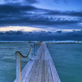North Narrabeen by Adam Beniston - Landscapes Beaches
