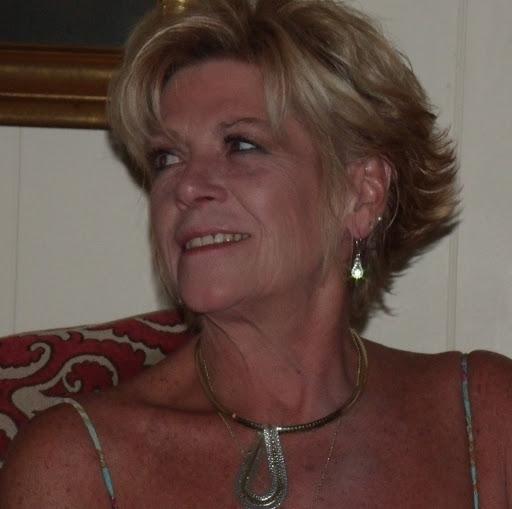 Karen Adams Photo 22