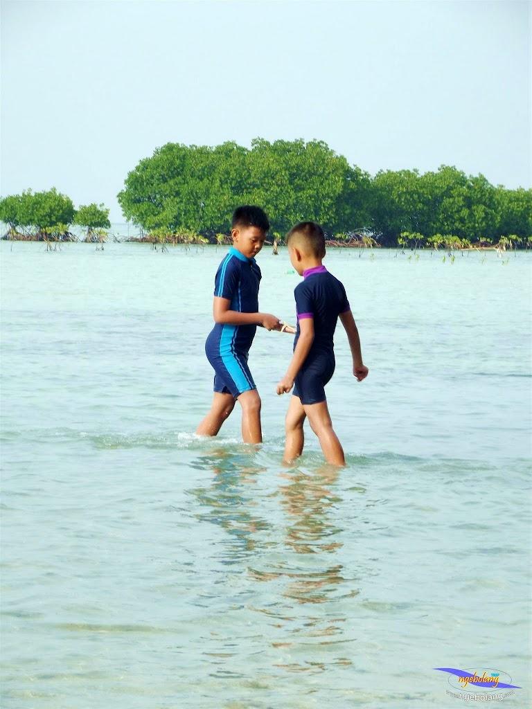 family trip pulau pari 090716 Fuji 149
