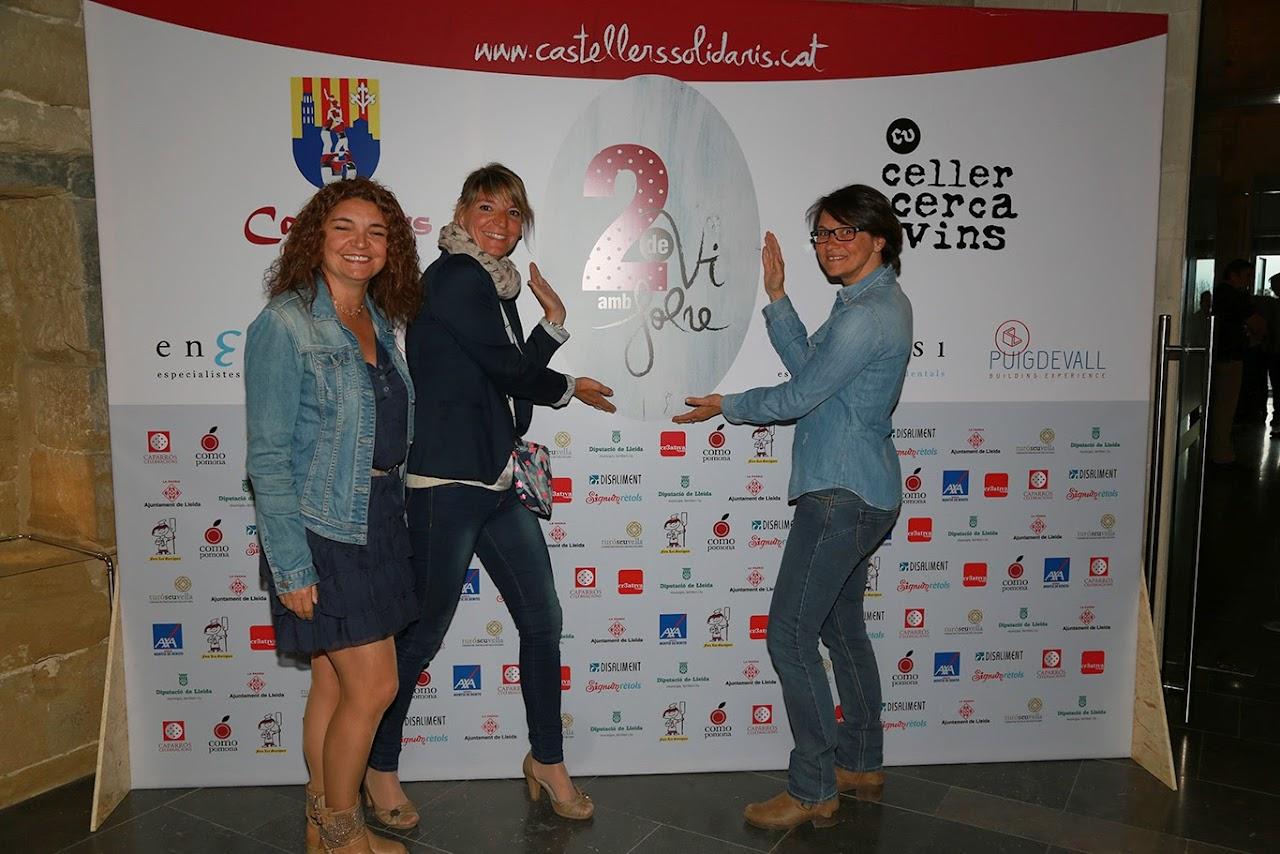 Fotocol Presentació Vi Solidari 2 de vi amb Folre - IMG_2380.jpg