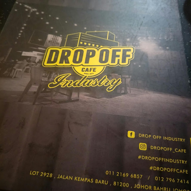 MAKAN DI DROP OFF INDUSTRY CAFE
