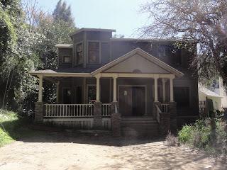 Lite og gammelt hus angivelig fra 1800-tallet.
