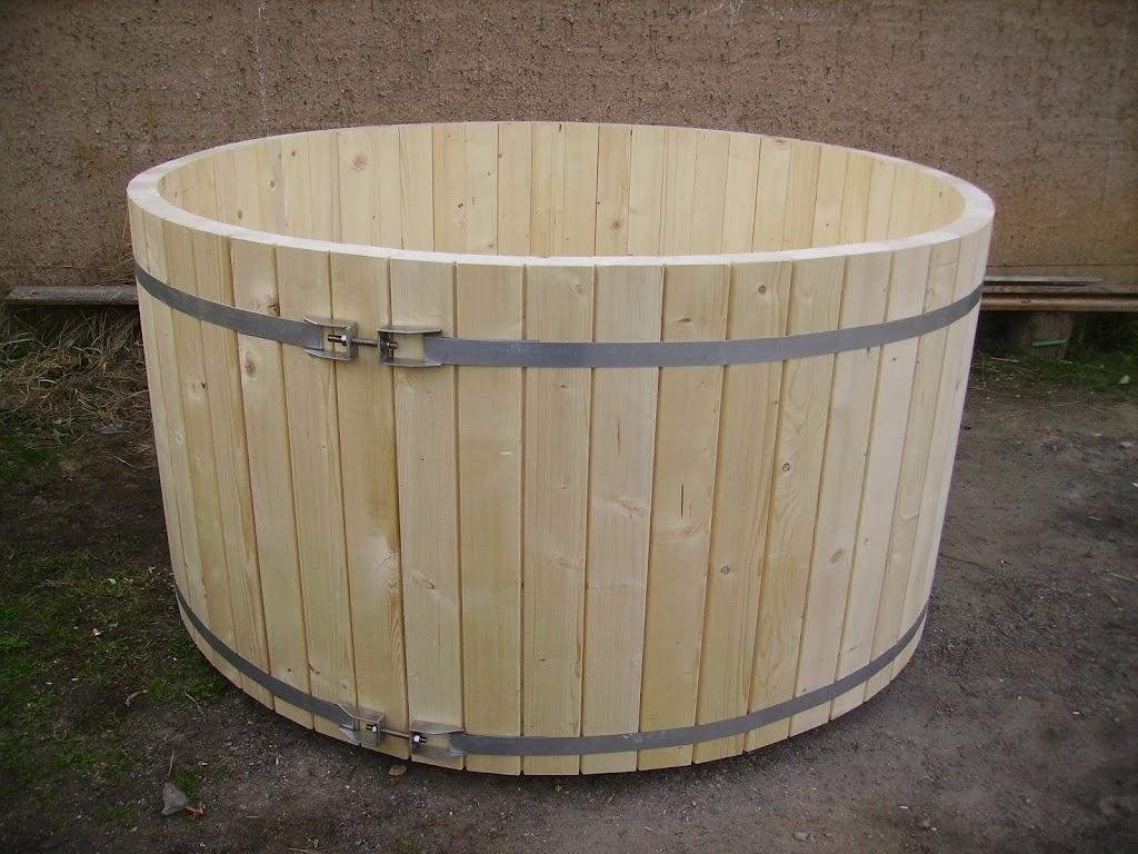 badefass holzfass baden holz eigenbau holz. Black Bedroom Furniture Sets. Home Design Ideas