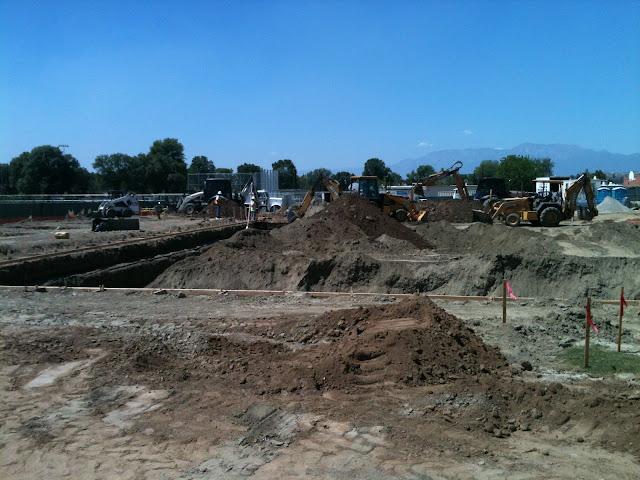 Pool Construction - IMAGE_26E828E3-8828-462A-AC78-7049C645871B.JPG