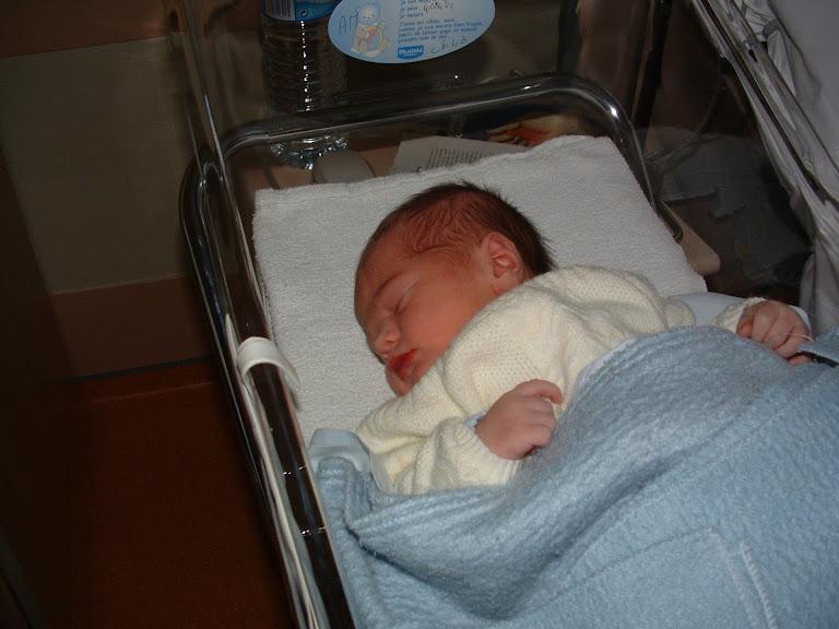 Maximilien à la maternité Maximilien+%C3%A0+la+maternit%C3%A9-15