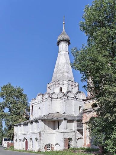 Переславль церковь Петра Митрополита