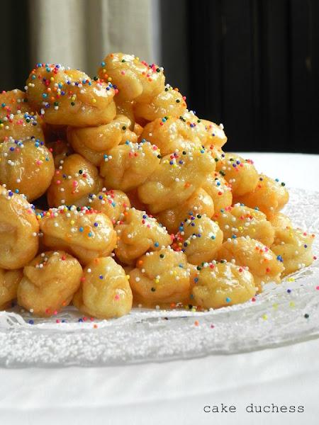 Photo: Pignolata - guest post by +Lora CakeDuchess Get the recipe herehttp://www.roxanashomebaking.com/pignolata-recipe-25recipestoxmas/