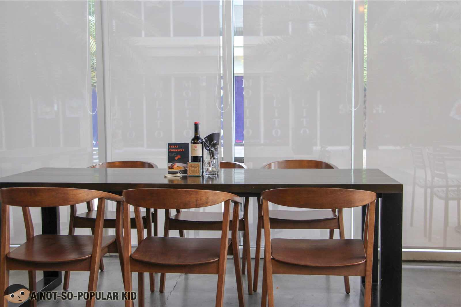 Melt Grilled Cheesery in Alabang - Interior