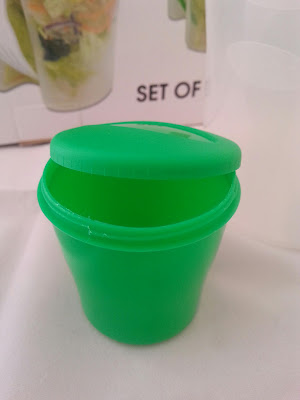 Fresh #SaladContainerCup Shaker with Dressing Container plus Fork
