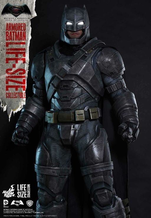 closer-Batman-armor-front