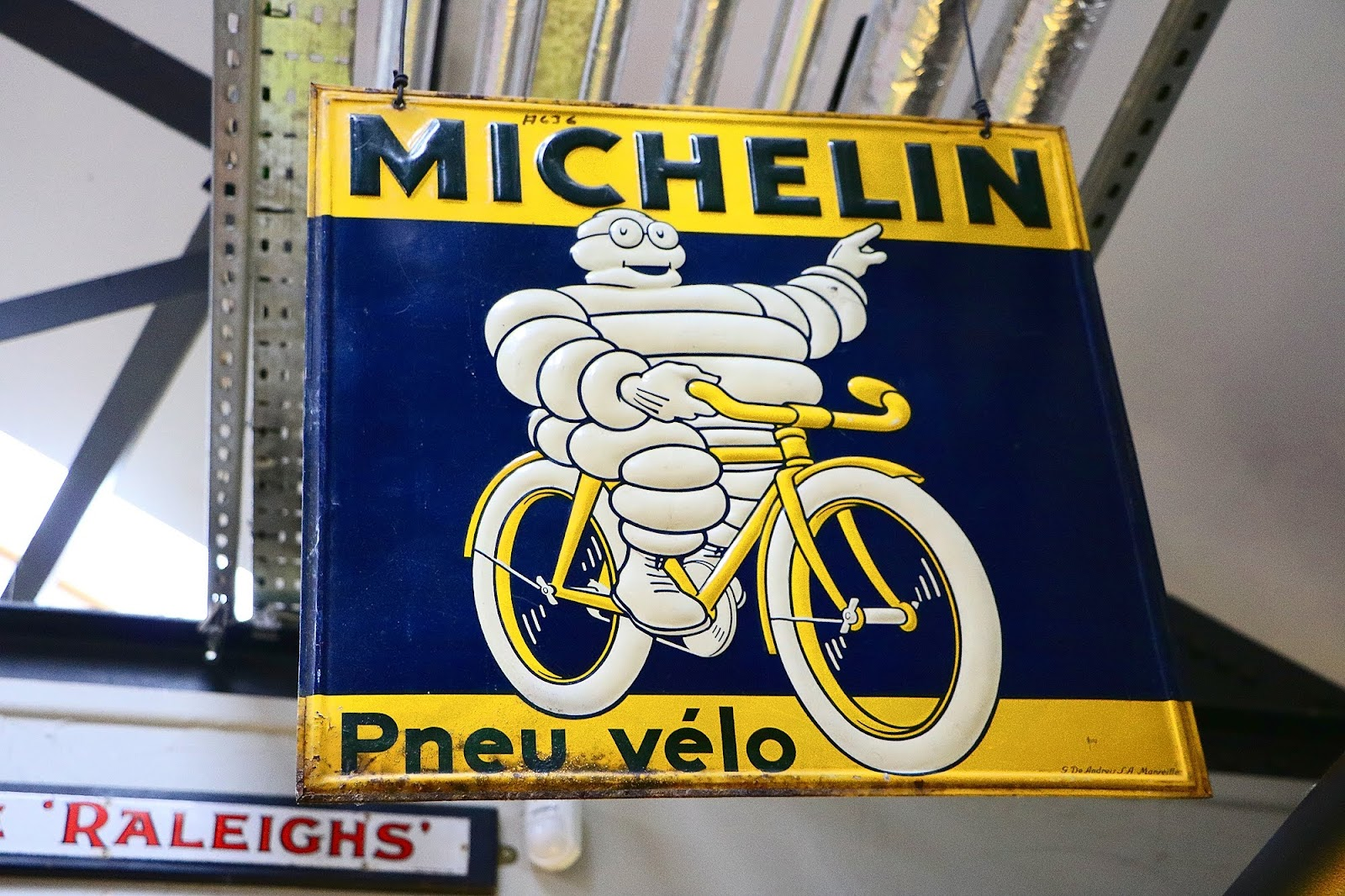 Michelin Tyres Sign.jpg
