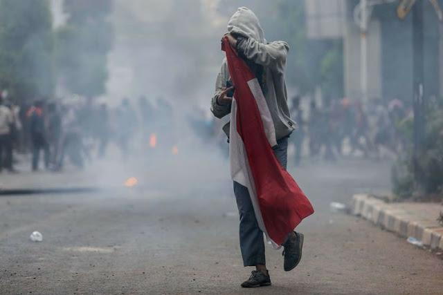 Lutfi Si Pembawa Bendera Disiksa Dan Dipaksa Mengaku Lempar Batu Ke Polisi